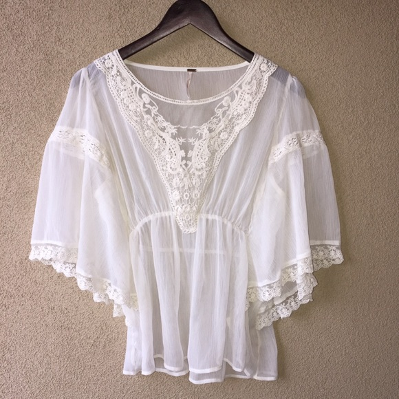 6720733b7e7 Free People Tops - Free People white sheer flutter sleeve blouse